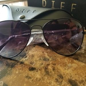 Diff Aviator Sunglasses